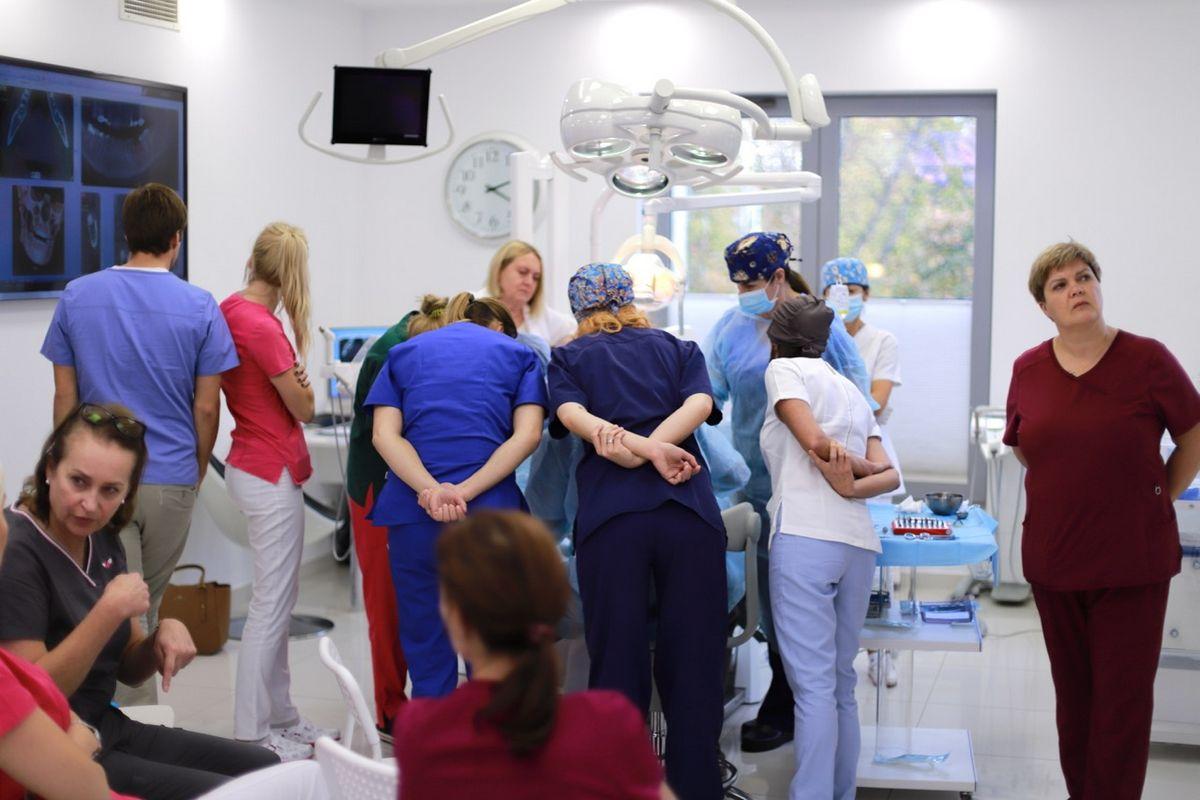 practiculum-implantologii-sviia-s2-081