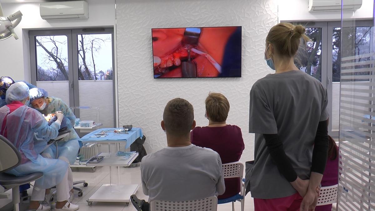 practiculum-implantologii-s-viia-e-3-002