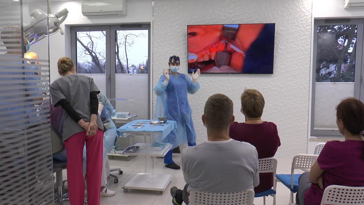 practiculum-implantologii-s-viia-e-3-003