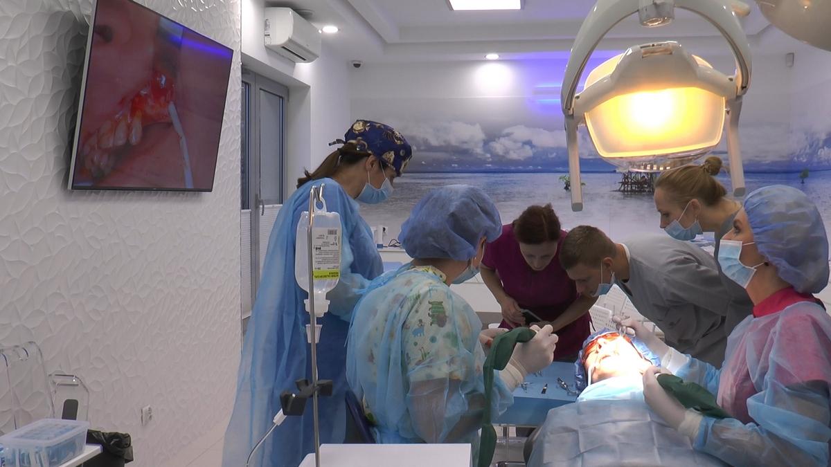 practiculum-implantologii-s-viia-e-3-005