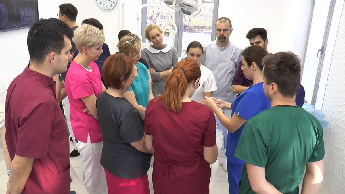 practiculum-implantologii-se-vii-gb-s3-001