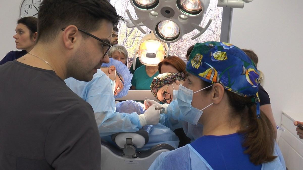 practiculum-implantologii-se-vii-gb-s3-028