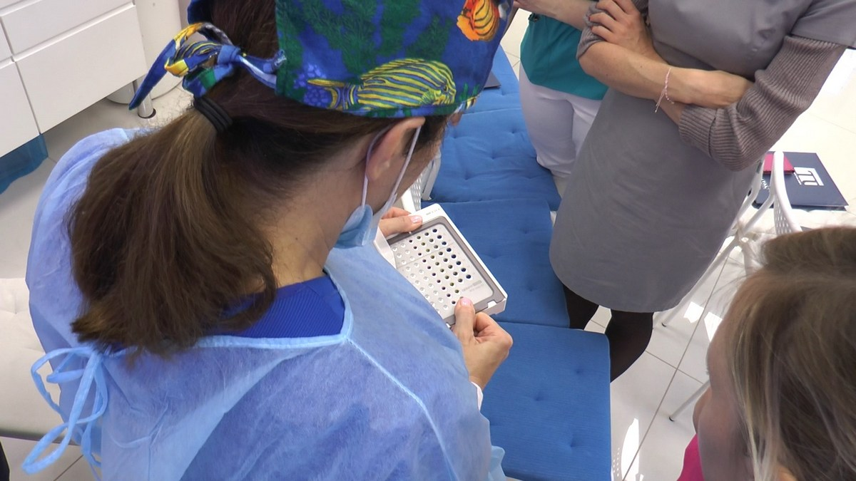 practiculum-implantologii-se-vii-gb-s3-091