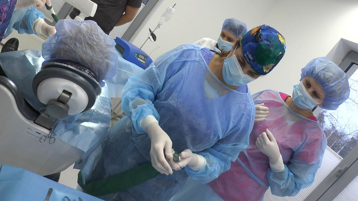 practiculum-implantologii-sviib-s5-019