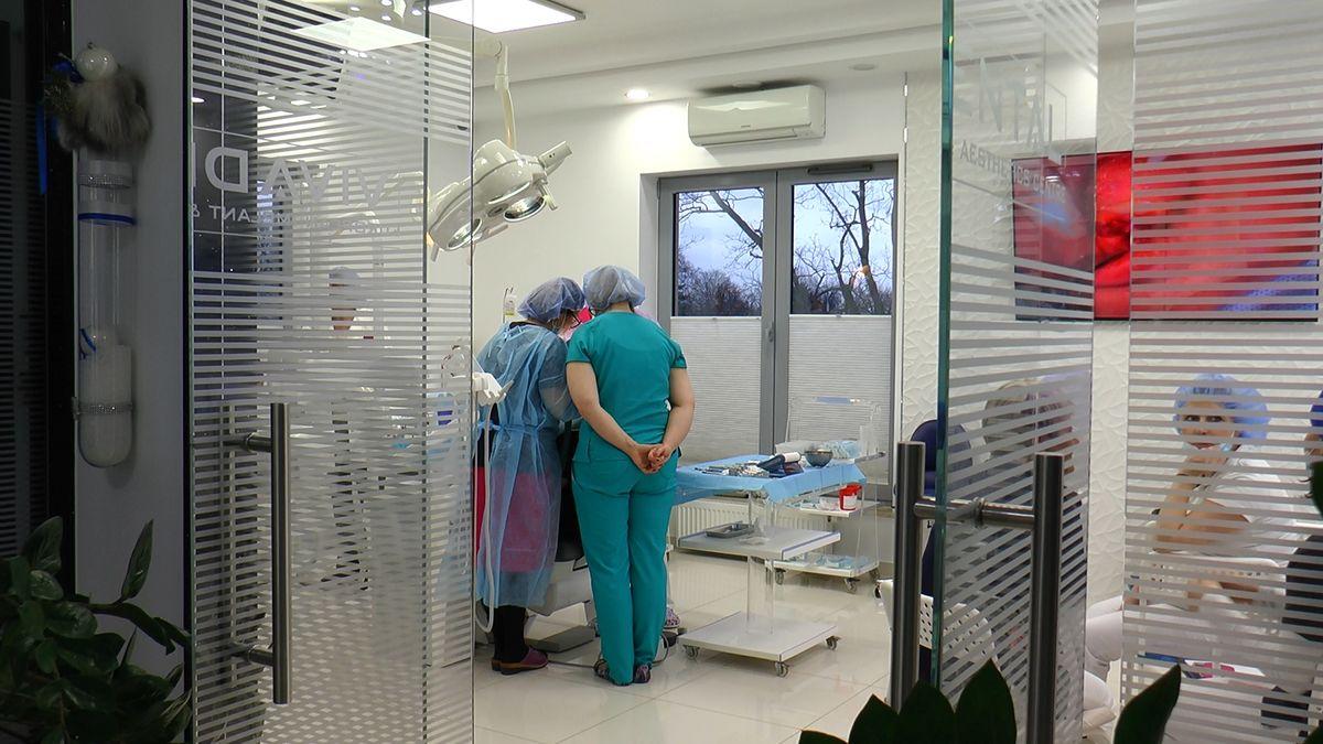 practiculum-implantologii-sviib-s5-046
