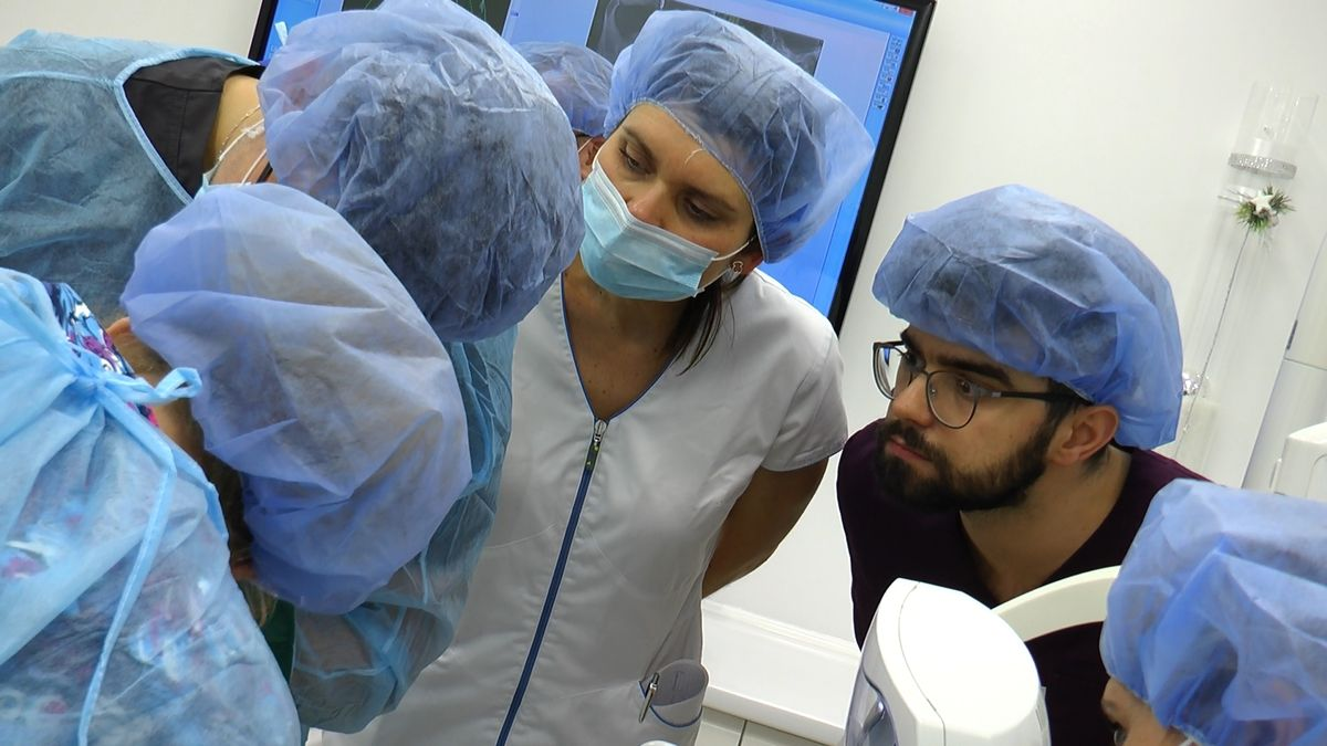 practiculum-implantologii-sviib-s5-051