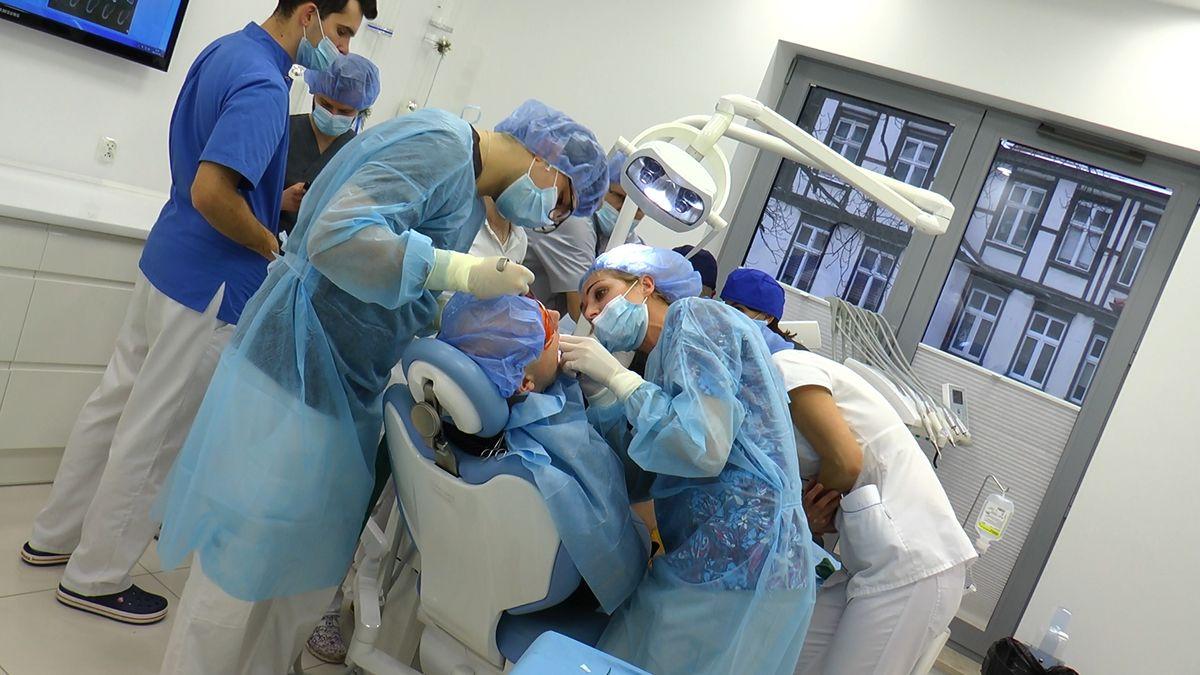 practiculum-implantologii-sviib-s5-061