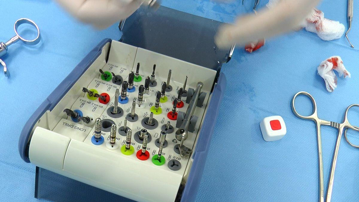 practiculum-implantologii-sviib-s5-062