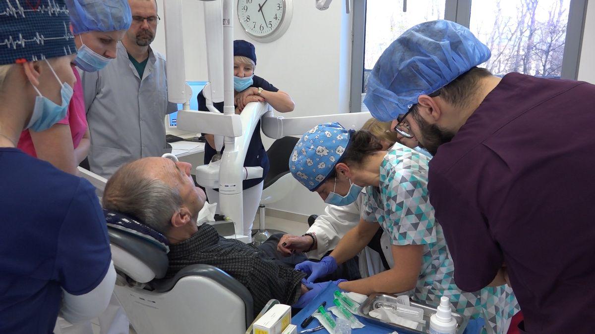 practiculum-implantologii-sviib-s5-122