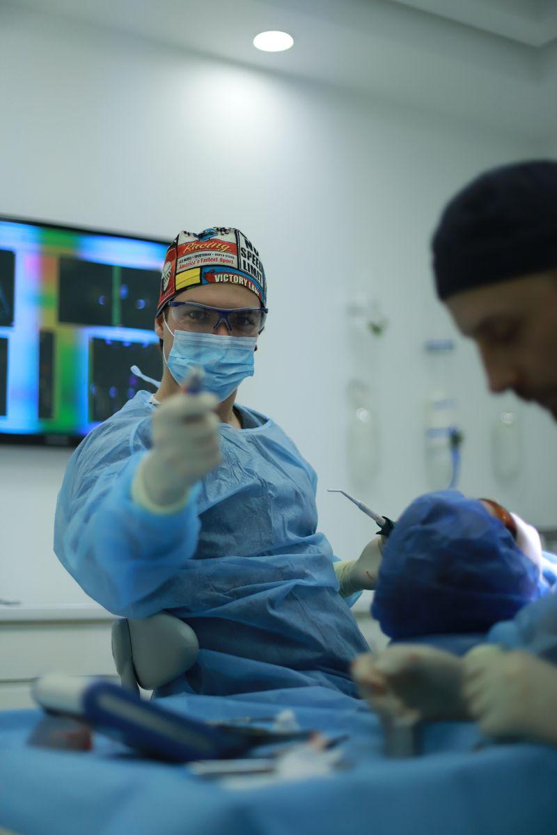 practiculum-implantologii-sviib-s5-005