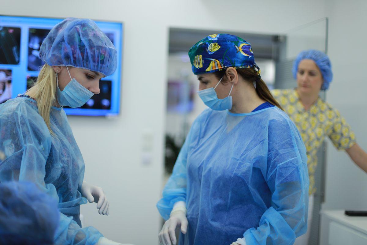 practiculum-implantologii-sviib-s5-025
