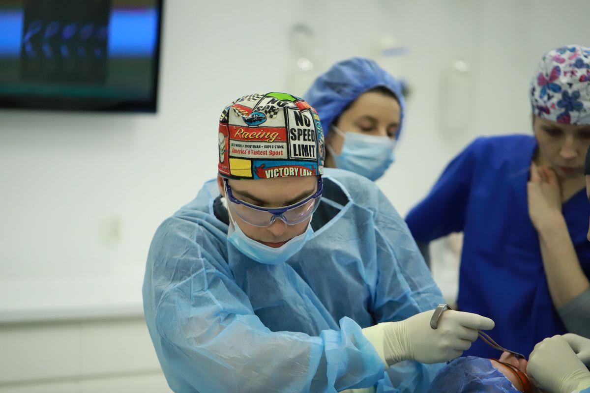 practiculum-implantologii-sviib-s5-032