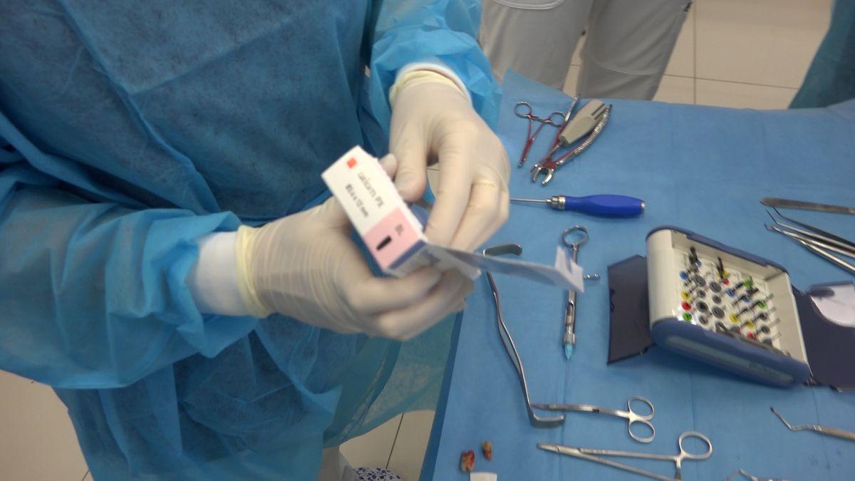 practiculum-implantologii-sviib-s7-d2-040