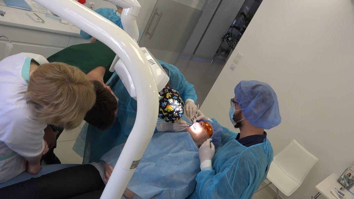 practiculum-implantologii-sviib-s7-d2-067