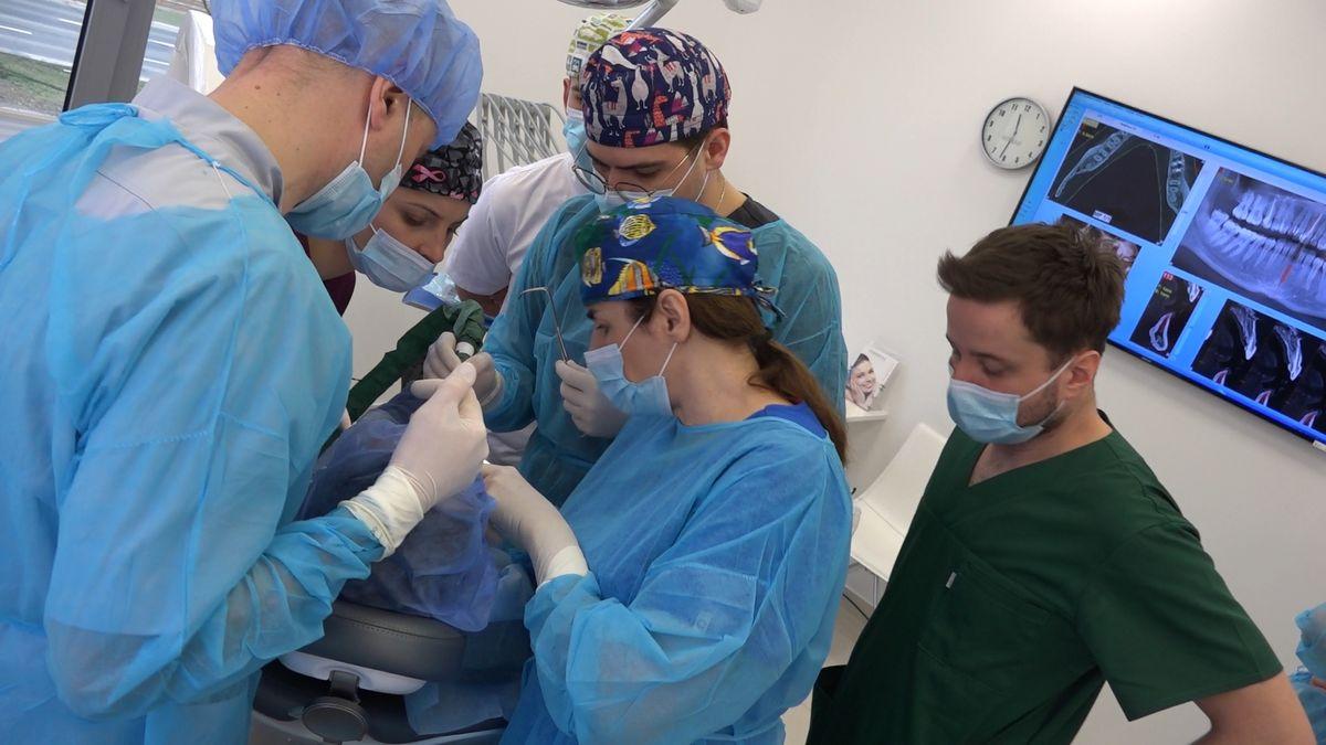 practiculum-implantologii-sviib-s7-d2-099