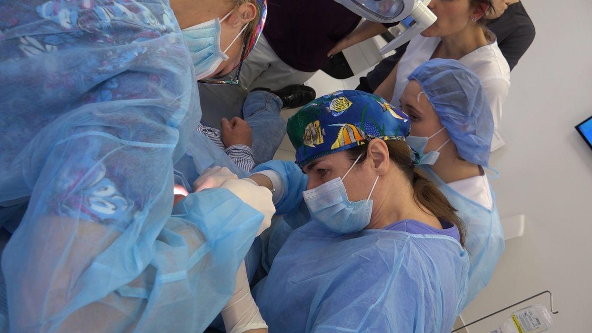 practiculum-implantologii-sviib-s7-d1-028