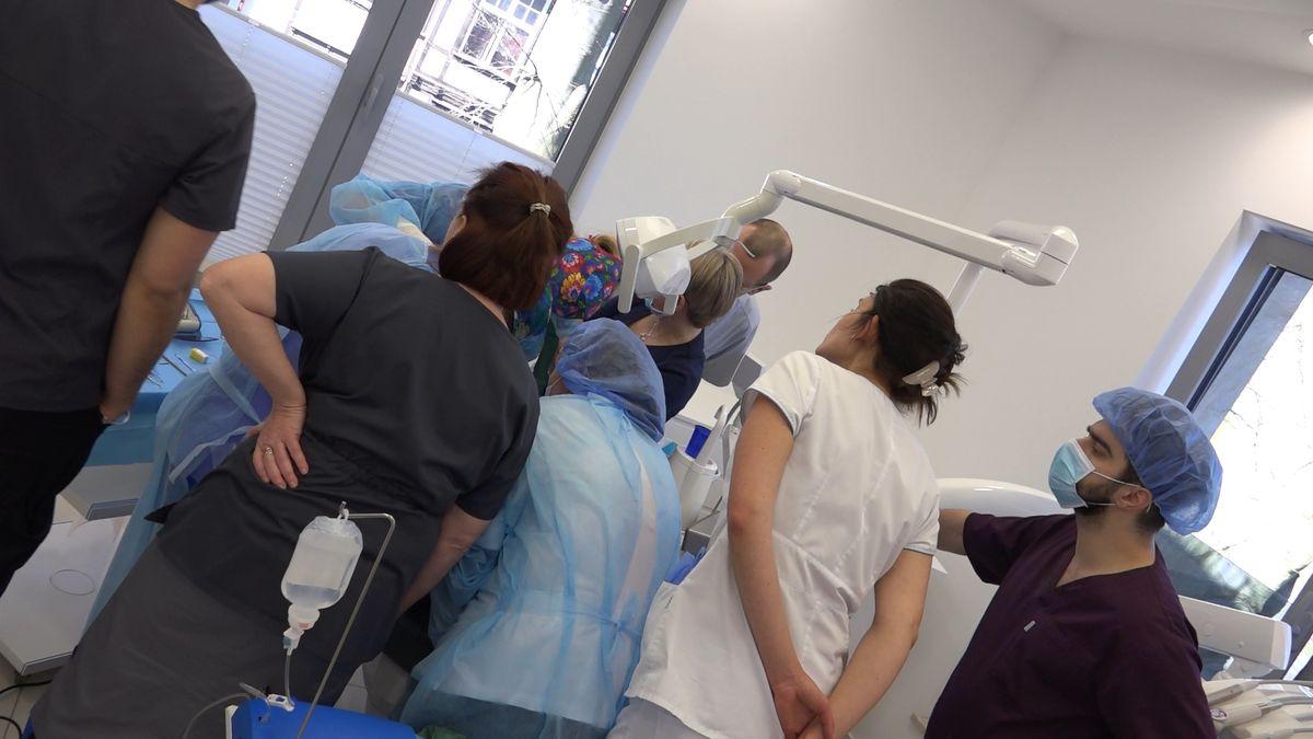 practiculum-implantologii-sviib-s7-d1-032