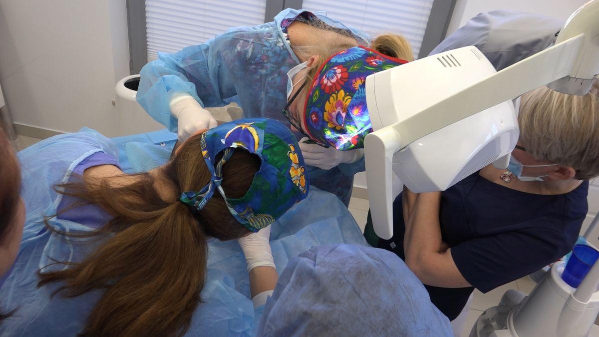 practiculum-implantologii-sviib-s7-d1-034