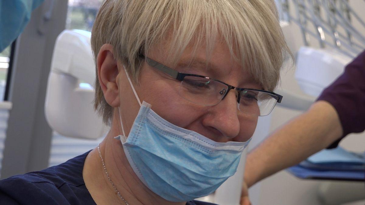 practiculum-implantologii-sviib-s7-d1-037