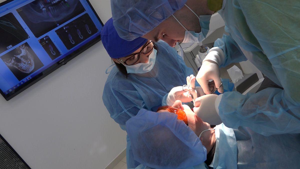 practiculum-implantologii-sviib-s7-d1-220