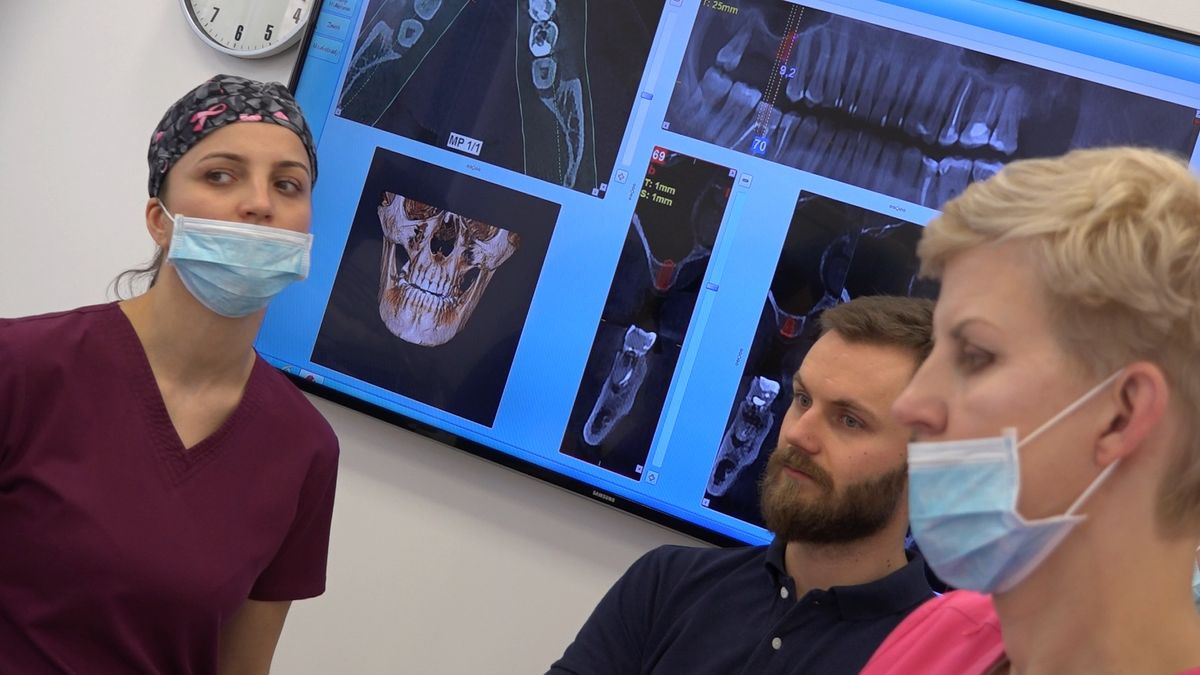 practiculum-implantologii-sviib-s7-d1-256