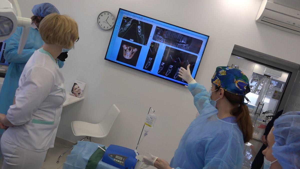 practiculum-implantologii-sviib-s7-d1-263