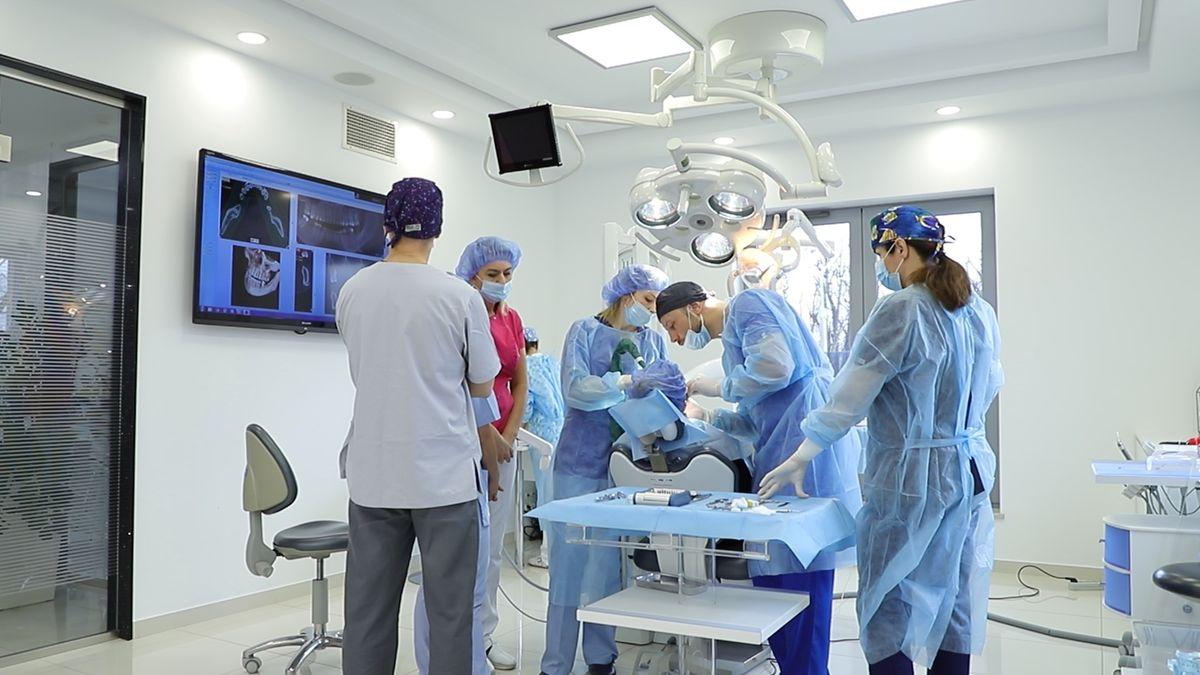 practiculum-implantologii-sviia-s7-027