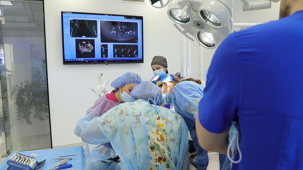 practiculum-implantologii-sviia-s7-252