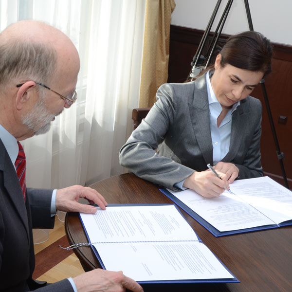 podpisanie-umowy-z-politechnika-gdanska-08